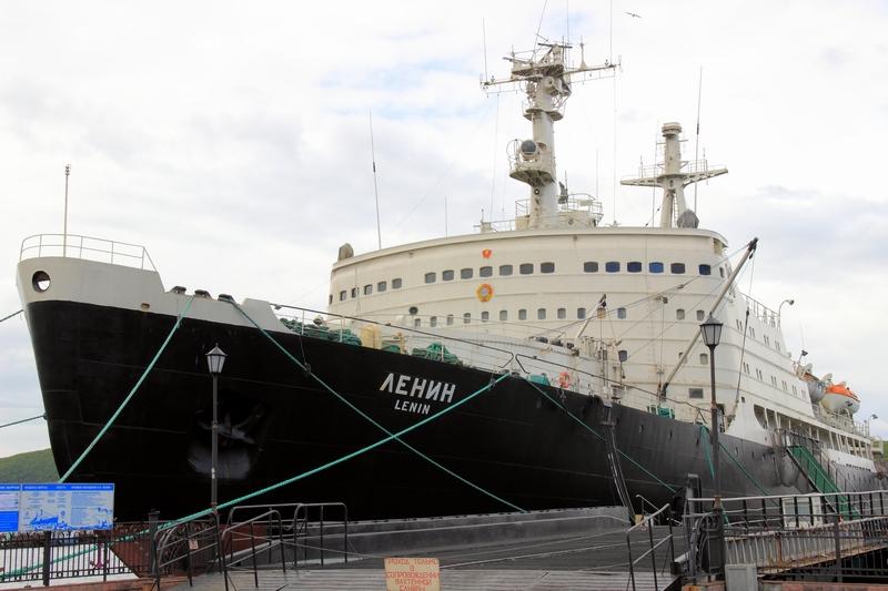 Первый в мире атомный ледокол «Ленин»